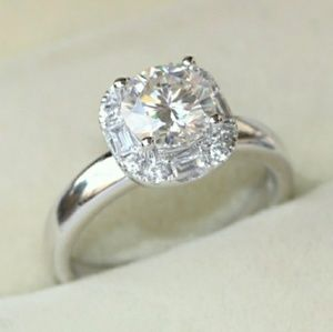 Brilliant 1ct Moissanite Halo Sterling Silver Ring